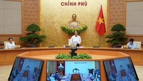 Chính phủ họp thường kỳ ngày 5-5. Ảnh: VIẾT CHUNG
