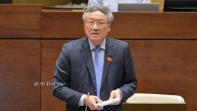 Chánh án Tòa án nhân dân Tối cao Nguyễn Hòa Bình tại phiên họp Quốc hội sáng 25-5-2020. Ảnh: QUOCHOI
