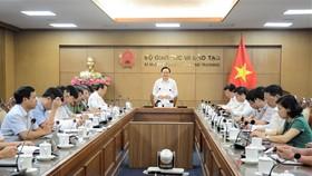 Hội nghị trực tuyến Bộ GD-ĐT ngày 5-6
