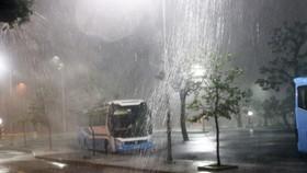 Thủ tướng yêu cầu tập trung ứng phó với bão và mưa lũ
