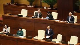 Quốc hội họp chiều 23-10. Ảnh: QUANG PHÚC