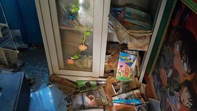 Sách vở, đồ dùng học tập hư hỏng nặng nề do mưa lũ