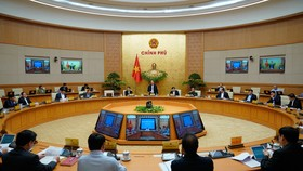 Chính phủ họp thường kỳ tháng 10-2020. Ảnh: QUANG PHÚC