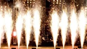 Người dân chỉ được sử dụng pháo hoa không gây ra tiếng nổ trong dịp lễ, tết,  kỷ niệm