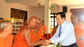 Đồng chí Trần Thanh Mẫn chúc Tết Chôl Chnăm Thmây tại tỉnh Trà Vinh