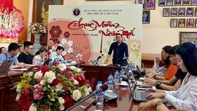Báo chí chất vấn lãnh đạo Học viện Múa chiều 1-4 tại Hà Nội