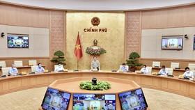 Thủ tướng Chính phủ Phạm Minh Chính, Trưởng Ban chỉ đạo quốc gia phòng chống Covid-19 chủ trì và phát biểu tại cuộc họp, sáng 9-10. Ảnh: VIẾT CHUNG
