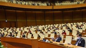 Các đại biểu dự phiên khai mạc Quốc hội ngày 20-10. Ảnh: VIẾT CHUNG