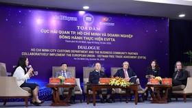 Người Việt sẽ có cơ hội mua hàng hiệu giá mềm