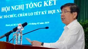 Chủ tịch UBND TPHCM yêu cầu tất cả các cán bộ, công chức, viên chức thực hiện nghiêm kỷ luật, kỷ cương, tập trung vào công việc ngay. Ảnh: HOÀNG HÙNG