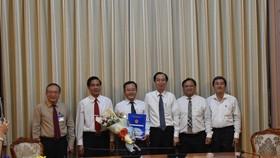 Ông Trần Thúc Chương làm Phó Chủ tịch UBND quận 11