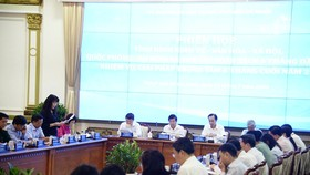 Chủ tịch UBND TPHCM: Công việc quan trọng nhất hiện nay với sở, ngành, quận, huyện là hỗ trợ doanh nghiệp