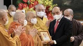 Chủ tịch nước Nguyễn Xuân Phúc tiếp Đoàn đại biểu Giáo hội Phật giáo Việt Nam