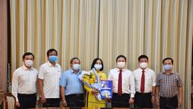 Bà Lê Thị Hồng Hậu làm Chủ tịch HĐTV Công ty TNHH MTV Dịch vụ cơ quan nước ngoài