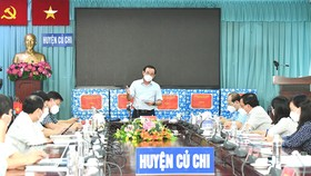 Bí thư Thành ủy TPHCM Nguyễn Văn Nên phát biểu trong buổi làm việc với huyện Củ Chi về phòng chống dịch Covid-19. Ảnh: VIỆT DŨNG