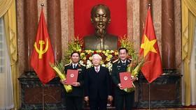 Trao Quyết định thăng quân hàm từ Trung tướng lên Thượng tướng cho 2 Thứ trưởng Bộ Quốc phòng