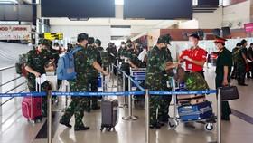 Tiếp tục tăng cường lực lượng quân y hỗ trợ TPHCM chống dịch