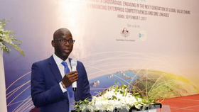 Ousmane Dione, World Bank Country Director for Vietnam speaks at the conference (Photo: VNA)