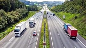 The Ministry of Transport plans to speed up the implementation of the North-South expressway project in 2019, said Minister of Transport Nguyen Van The. (Photo: vietnamfinance.vn)