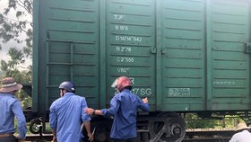 North-South trains late due to derailment in Dong Nai