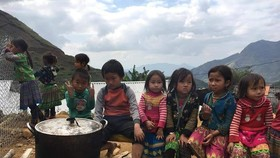Children in mountainous district (Photo: TAT )