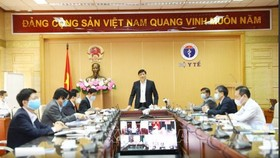 Deputy Health Minister Nguyen Thanh Long at the conference (Photo: VNA)