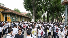 Students at test venue for the national high school exam last year (Photo: SGGP)