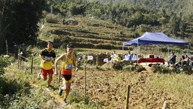The Vietnam Mountain Marathon 2020 takes place in Sa Pa township (Photo: baolaocai.vn)