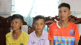 The three boys (Photo: SGGP)