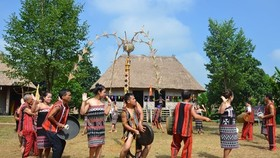 At the Vietnam National Village for Ethnic Culture and Tourism in Hanoi (Photo: VNA)