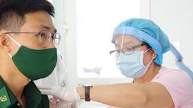 Border guards in Southwest Vietnam receive Covid-19 vaccine