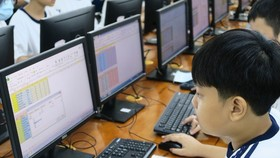 HCMC increases supervision over students' online learning for cyber safety