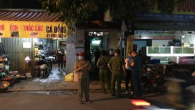 HCMC blocks alley in Binh Tan because of Covid-19 case