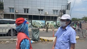 HCMC Party Chief pays unscheduled visits to check Covid-19 preventative task