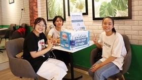 Virtual book groups spread love for books in Vietnam