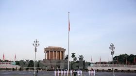 The flag raising ceremony at Ba Dinh Square in Hanoi on National Day September 2 (Photo: VNA)