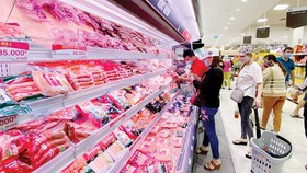 Supermarkets, markets ordinarily work after 15-day nationwide social distancing rule