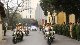 Hanoi's police begin task of ensuring security for National Party Congress