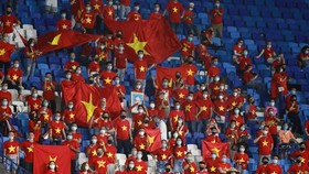 Vietnamese football fans buy tickets for Vietnam-UAE match