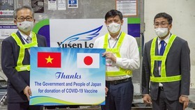 Japanese Business Association of HCMC donates to national Covid-19 vaccine fund