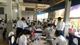 Binh Phuoc fines restaurant US$14,000 for breaking Covid-19 prevention rules