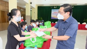Foreigners thank Vietnamese people for support during pandemic outbreak