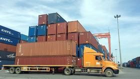 HCMC Customs facilitates goods clearances for hundreds of enterprises