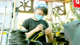 HCMC creates favorable conditions to restore production, business activities