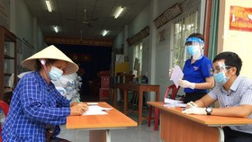 HCMC overcomes obstacles of financial support for needy residents