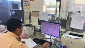 HCMC facilitates granting of vehicle registration certificate