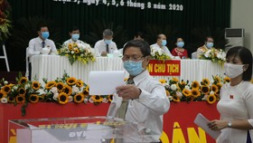 Đồng chí Lâm Đình Thắng tiếp tục làm Bí thư Quận ủy quận 9