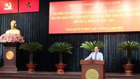 Đồng chí Trần Lưu  Quang phát biểu tại hội nghị