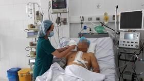 Bệnh nhân đang được điều trị tích cực tại khoa Phẫu thuật tim Bệnh viện Nhân dân Gia Định