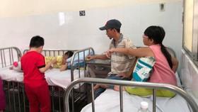 """Vụ ngộ độc thực phẩm tại quận Tân Phú: """"Nhận định ban đầu, nguy cơ tập trung vào món chà bông gà"""""""